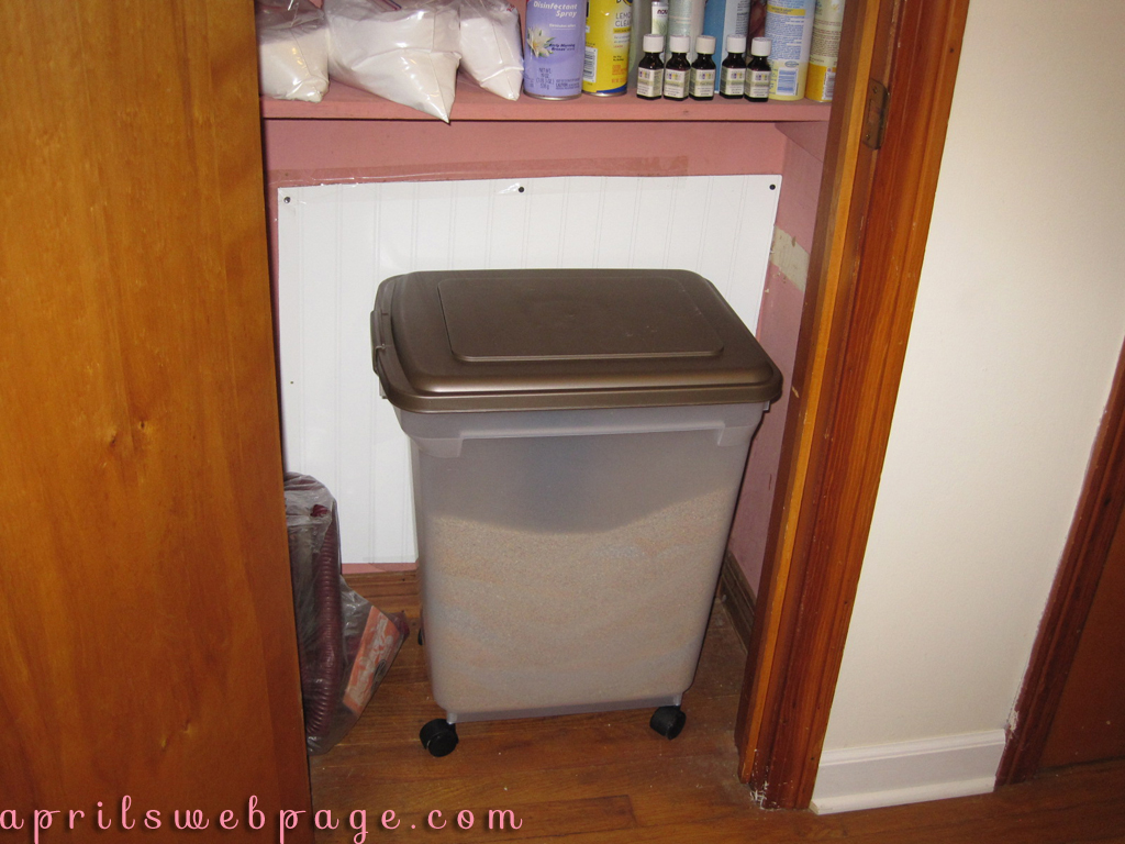 kitty litter storage