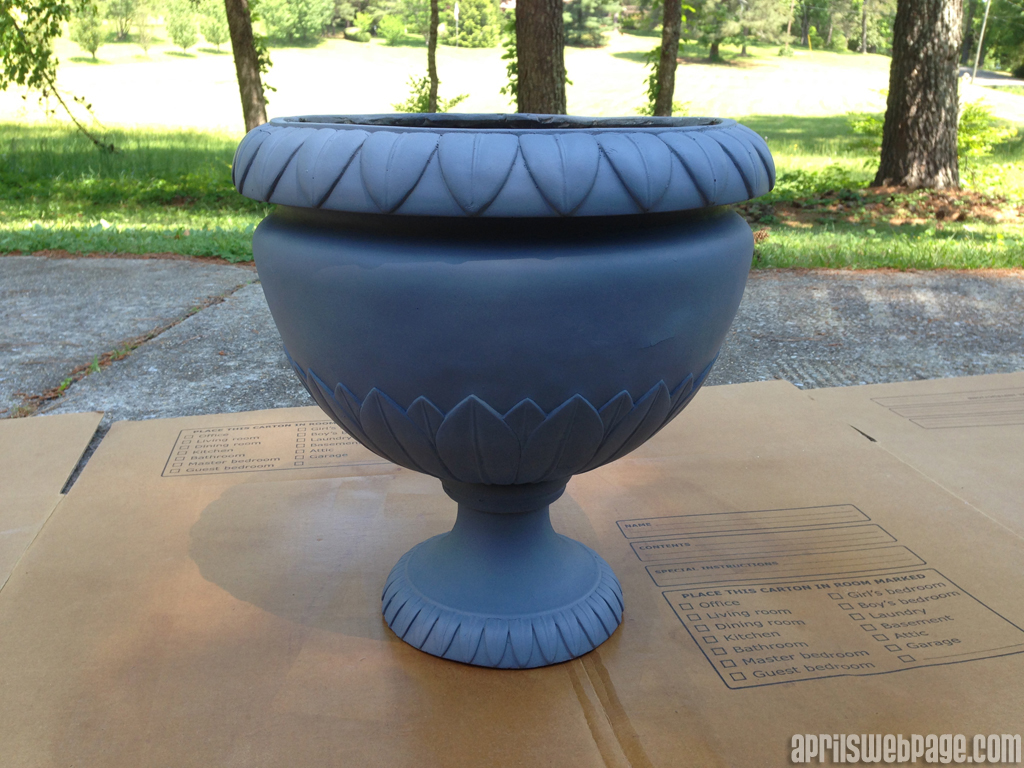 Planter Makeover - primed